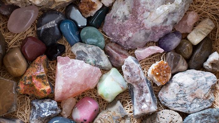 Натуральные камни самрцветы как амулеты амулет с волком интернет магазин