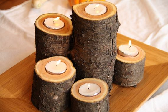 Подсвечник из деревянных спилов